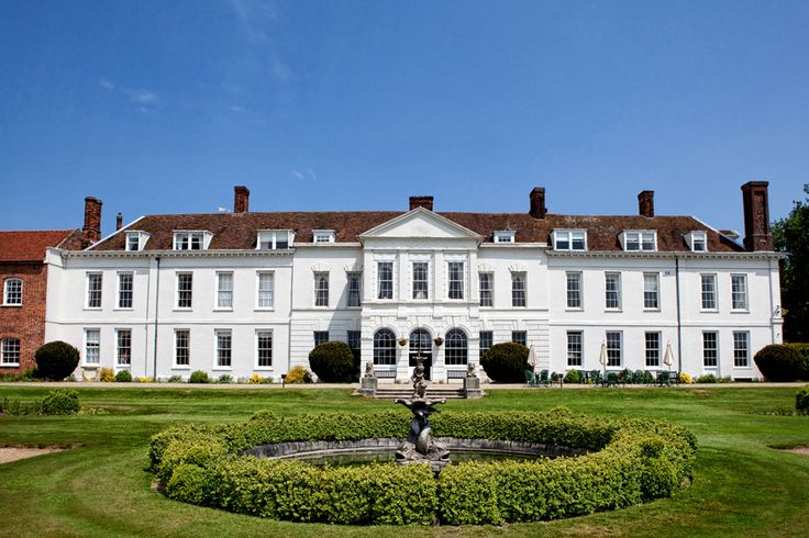 Gosfield Hall - A Stunning Georgian Stately Home http://www.countryhouseweddings.co.uk/gosfield-hall/