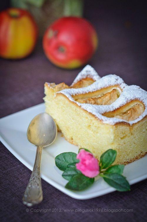 Ciasto drożdżowe z jabłkami