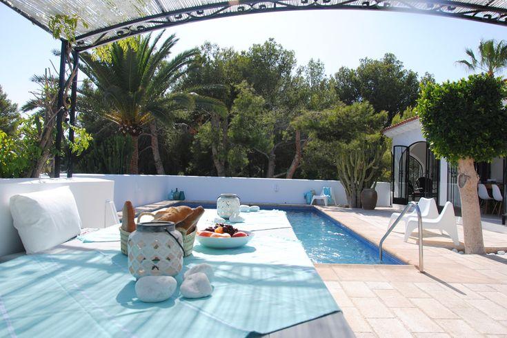 Op zoek naar een heerlijk vakantiehuis met privé zwembad aan de Costa Blanca? Boek dan nu Casa Maribelle bij Casita Travel.