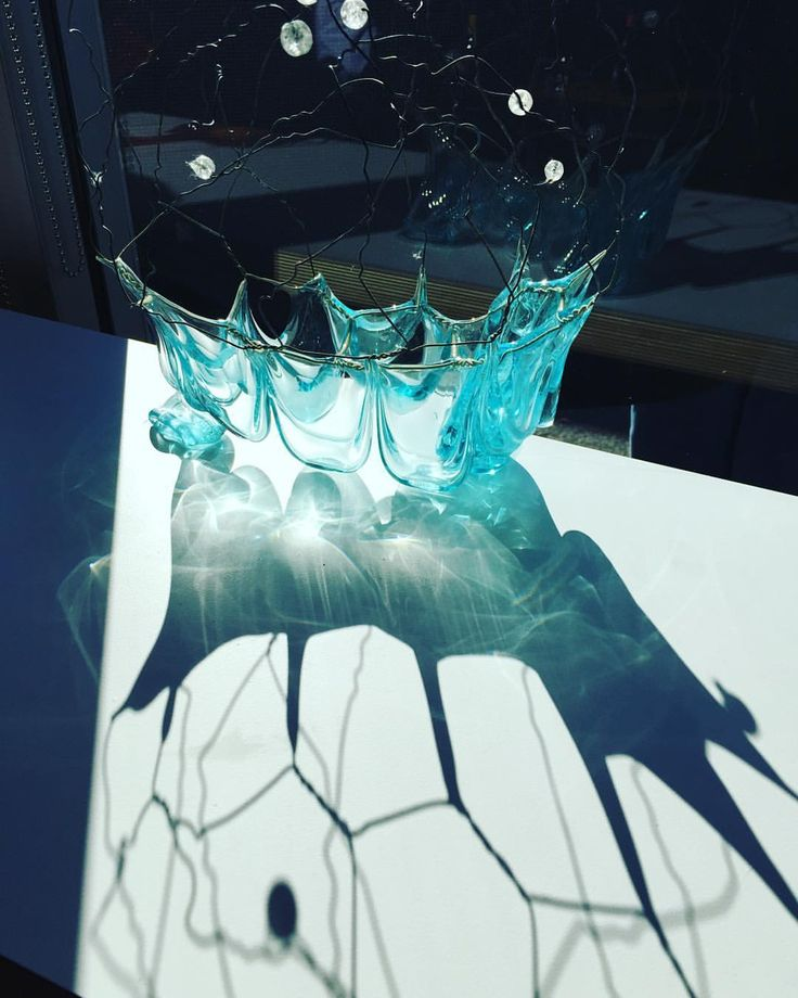 What a beautiful reflection of the glass art  Photo credit: @jacmcwilliam  #loveart #dimasearchitects #windowexhibition #february #glass #art #reflection