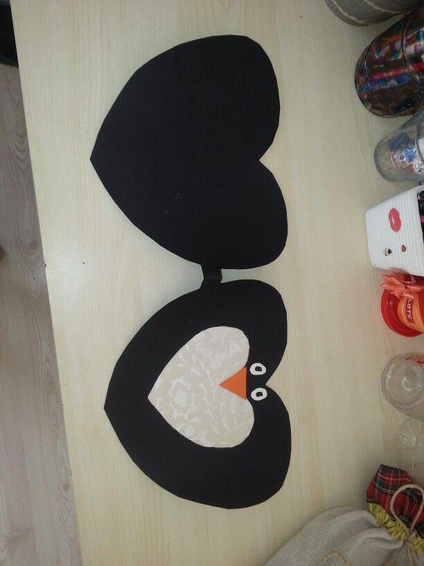 Paper heart penguin for kids