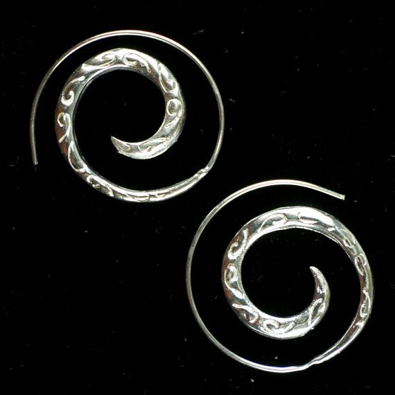 Engraved silver spirals boho earrings ethnic by DhanaJewellery