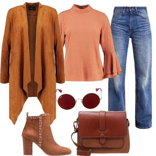 Un outfit che ricorda gli anni '70, composto da: jeans a zampa d'elefante, blusa con collo alla coreana e maniche svasate, giacca in fintapelle, con taglio asimmetrico e ad effetto scamosciato, borsa a tracolla in pelle, tronchetti color cognac, in fintapelle e tessuto e occhiali da sole ovali.