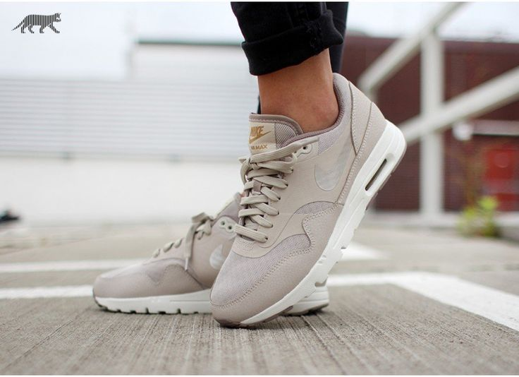 new concept 95cda 35a81 nike wmns air max 1 ultra essentials beige