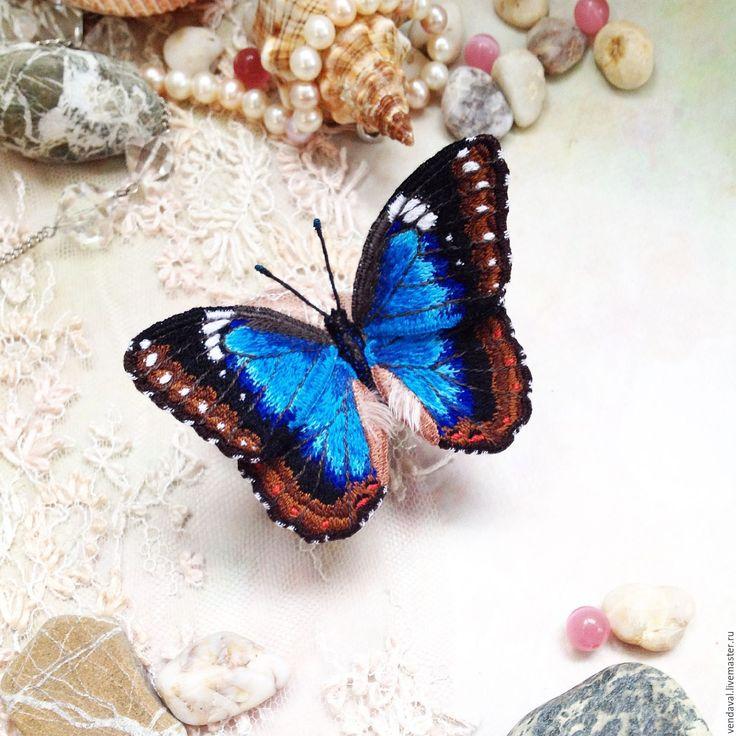Купить Брошь бабочка Морфо Ахиллена вышитая объемная - синий, бирюзовый, голубой, брошь, брошьбабочка