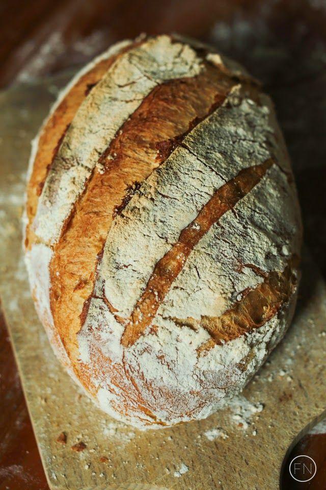 Chleb wiejski wg Hamelmana na zaczynie drożdżowym.
