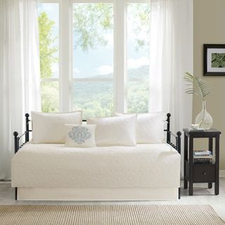 Shop for Madison Park Mansfield Ivory Printed 6 Piece Day Bed Cover Set. Get free delivery at Overstock.com - Your Online Fashion Bedding Store! Get 5% in rewards with Club O! - 19881989