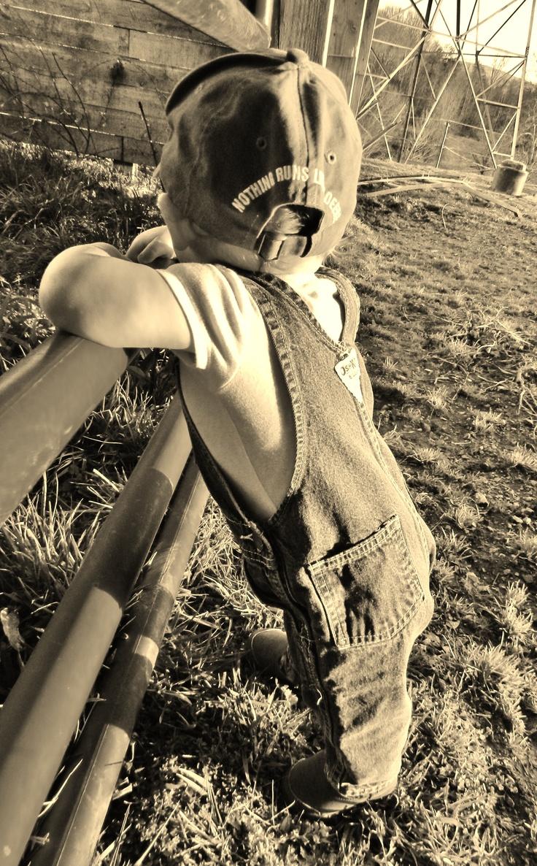 Momma's little Farm Boy <3