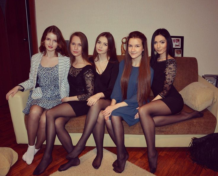 Are lot party girls in pantyhose pictures