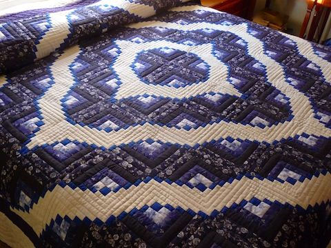 14 Best Images About Amish Log Cabin Quilts On Pinterest