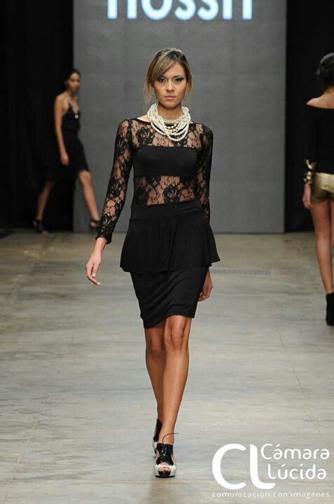 Lace in black + pearls!