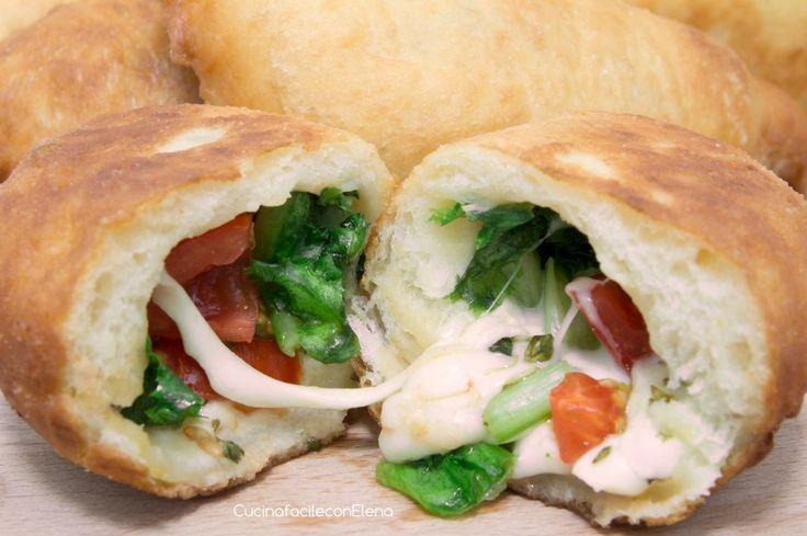 Pitoni Messinesi (Calzoni fritti)