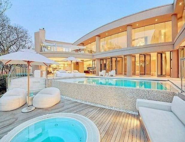 small pool & hottub