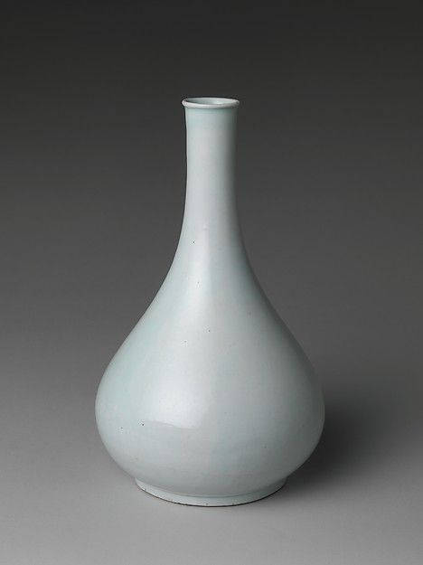 Bottle | Korea | Joseon dynasty (1392–1910) Korean Porcelain , Art , Jade , Glass,  Wood and Antiques : More At FOSTERGINGER @ Pinterest