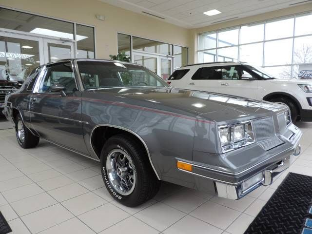 25 best ideas about oldsmobile cutlass supreme on for 77 cutlass salon for sale
