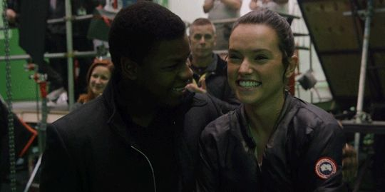 spoonmeb:   jawnbaeyega:  John & Daisy in Target Exclusive - The Scavenger & The Stormtrooper  What fans see in the movie in terms of our rhythm, in terms of our banter is actually real off screen. - John Boyega It's easy. It's not hard to kinda find that relationship with someone you get on so well with. - Daisy Ridley   they are so cute