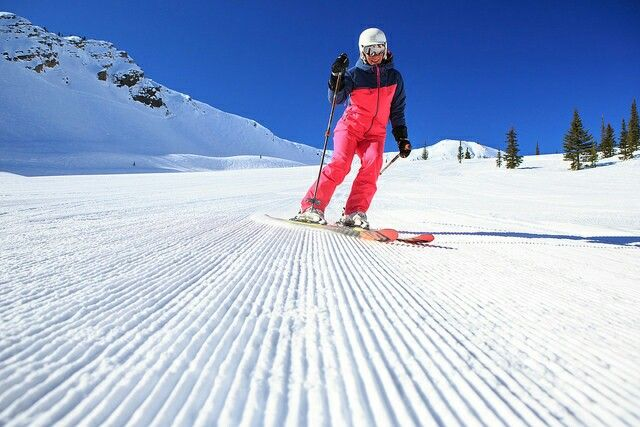 Happy Friday! Do you love fresh corduroy as much as we do? Photo credit Kicking Horse Mountain  #skican  #ski  #snowboard  #fresh  #corduroy  #friday