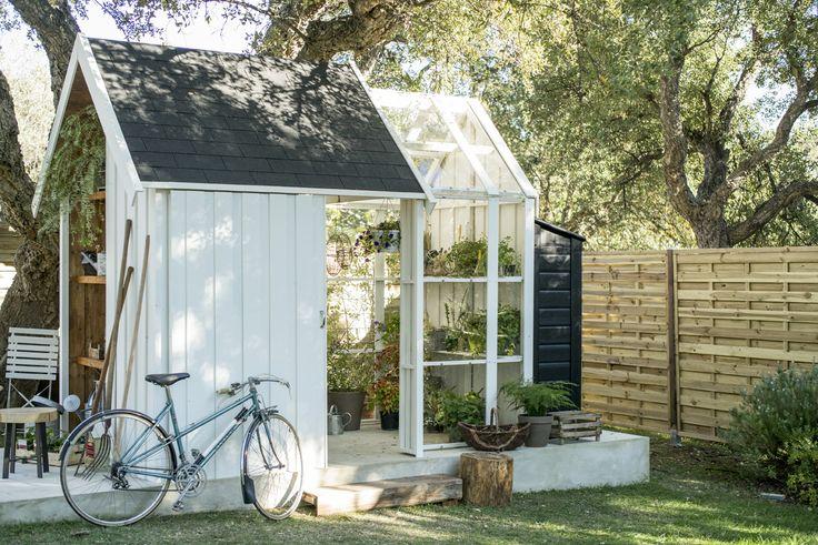 Un abri et une serre une v ritable pi ce en plus jardin for Jardin veritable