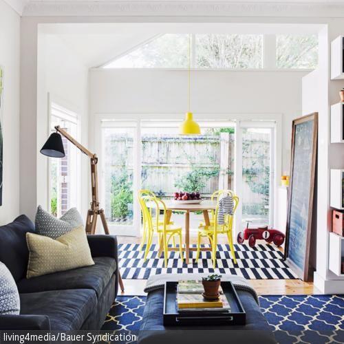 geraumiges wohnzimmer mit weisen wanden sammlung images oder fbdaaacedbcccfdfae ground floor
