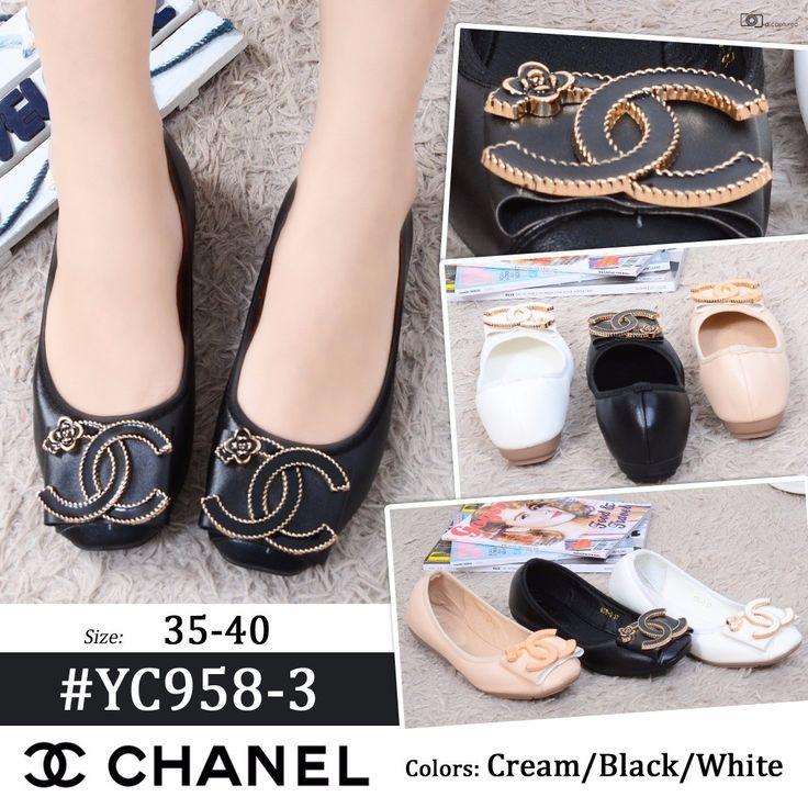 Promo Sepatu Chanel YC958-3 Cream 39 Black 40 190rb