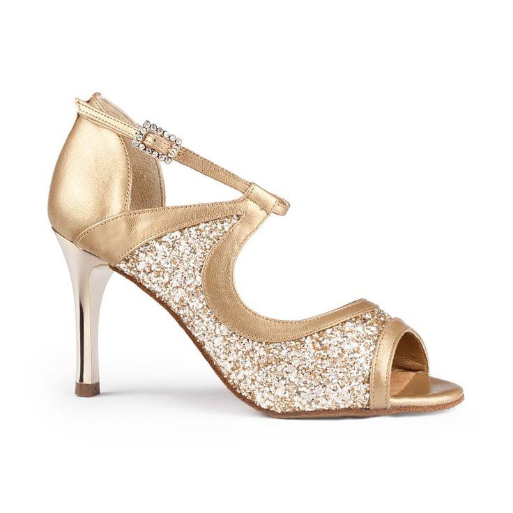 Smuk latin dansesko i guld og glitter fra PortDance. Modellen hedder PD504 og fåes hos Nordic Dance Shoes: http://www.nordicdanceshoes.dk/portdance-pd504-tango-guld-laeder-glitter-latin-dansesko#utm_source=pin