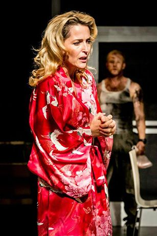 Gillian Anderson as Blanche DuBois and Ben Foster as Stanley in A Streetcar Named Desire at the Young Vic. © Johan Persson