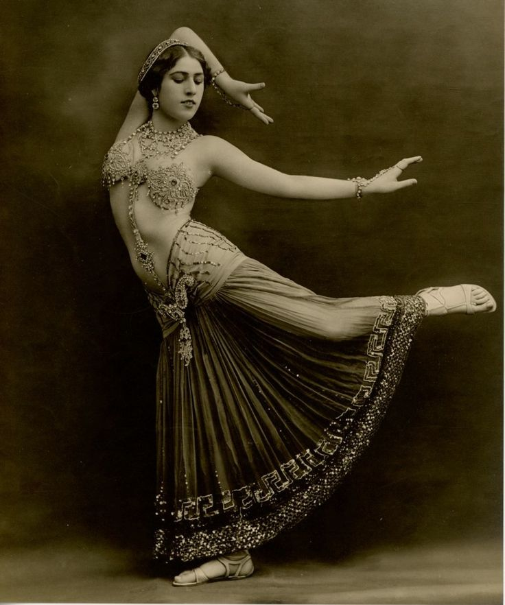 Vintage Belly Dance 1910s.