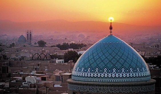 Em setembro temos viagem marcada para o Irã, caminhos pela rota da seda junto com a latitude.