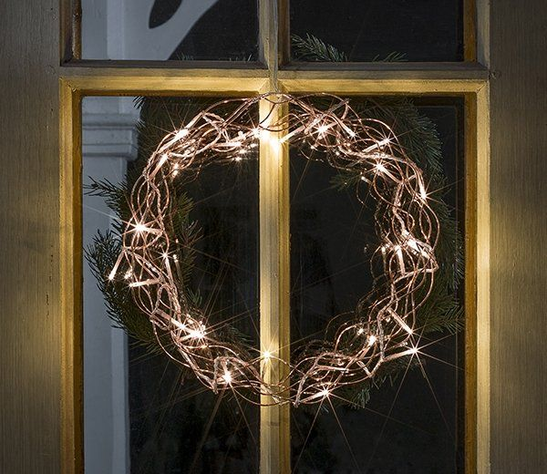 These copper coloured LED metal silhouette shaped in a circle come with white LED lights by Konstsmide, offering a Christmas theme. Why not use these gorgeous silhouettes to add a decorative touch to your Christmas staircase or your Christmas display?