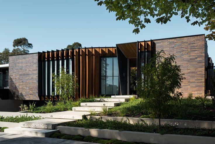 Courtyard House - figr