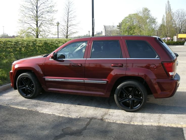 11 best images about jeep 39 s on pinterest 2005 jeep grand cherokee 2011 jeep grand cherokee. Black Bedroom Furniture Sets. Home Design Ideas