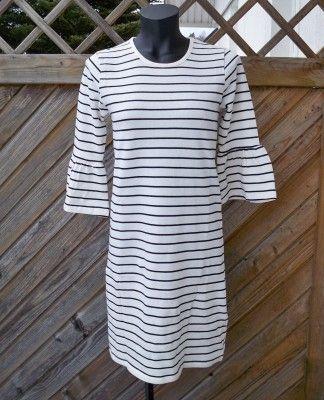 Ze-Ze.+Randig+klänning.+Powel+Vit