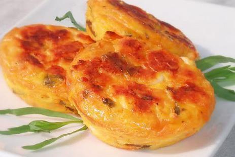 Творожные мини-запеканки с сыром и овощами :: JV.RU
