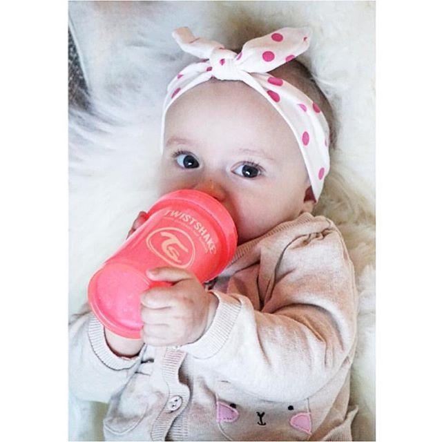 Adorable little girl!