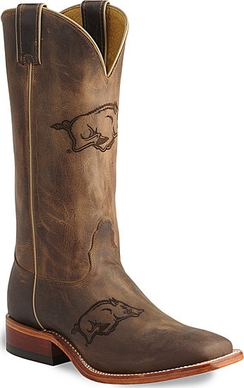 The world is a better place because I now know these exist. Go Hogs.Razorbacks Colleges, Cowboy Boots, Style, Shoese Boots, Arkansas Razorbacks, Razorbacks Boots D, Bad, Colleges Boots, Razorbacks Bootsd