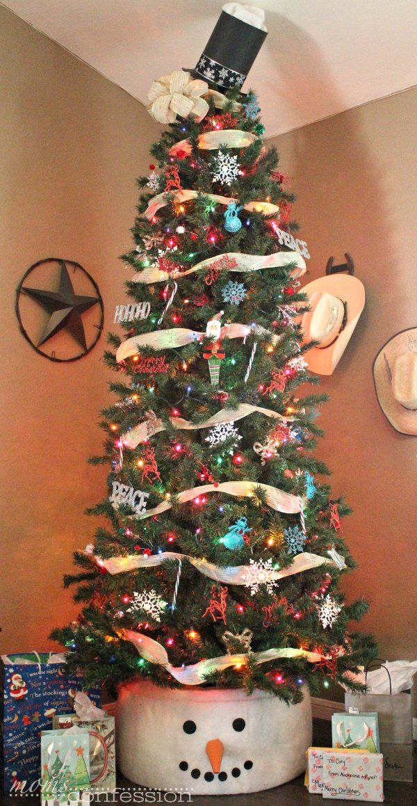Cute Snowman Tree Skirt for Christmas   Moms Confession