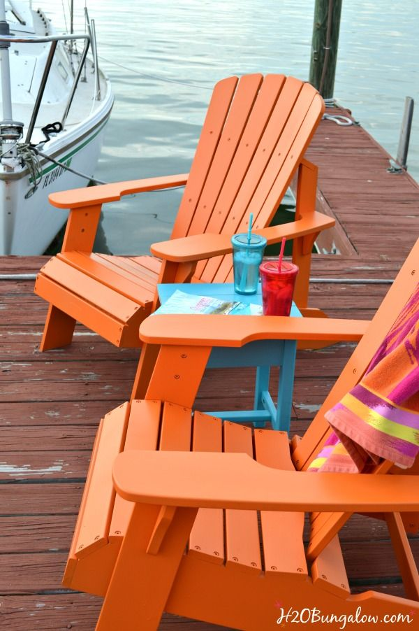Painting outdoor furniture the quick and easy way with a paint sprayer so you have more time to enjoy your day See my video tutorial and post to see how easy it is! H2OBungalow #paintedfurniture #paintsprayer