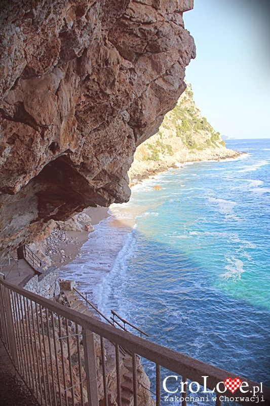 Plaża Pasjača - Konavoske Stijene w Popovići || http://crolove.pl/konavoske-stijene-strome-klify-poludniowej-dalmacji/ || #KonavoskeStijene #Cliffs #Adriatic #Sea #PasjacaBeach #Croatia #CroatianBeach #Croatia2014 #Summer #Summer2014 #Travel #Chorwacja #Hrvatska