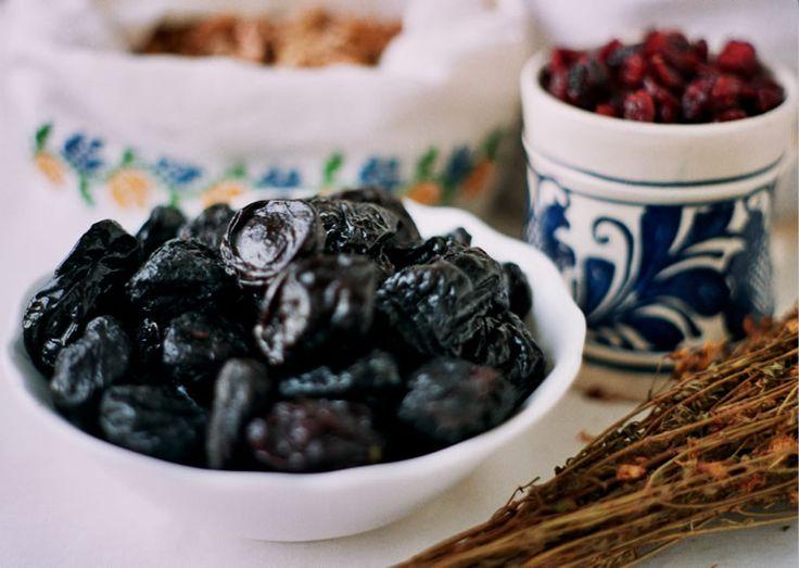 Despre păstrarea și conservarea alimentelor la români