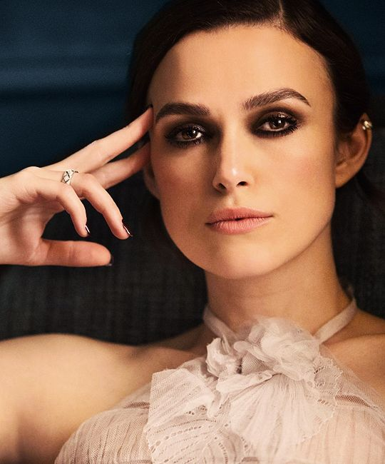 Keira Knightley for Chanel's Coco Mademoiselle Intense (2018)