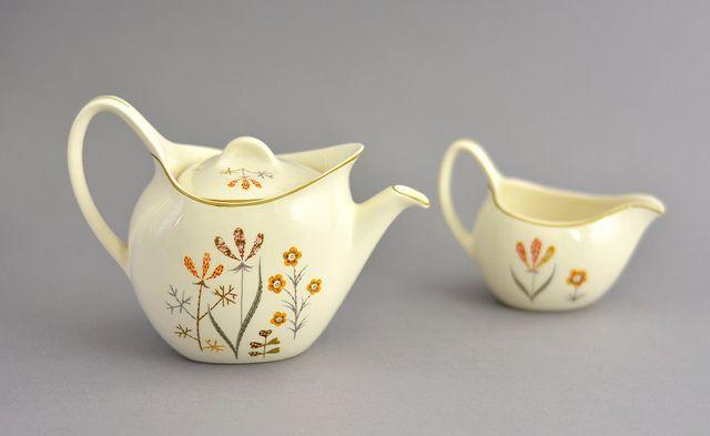 Teapot and milk jug, Midwinter Pottery