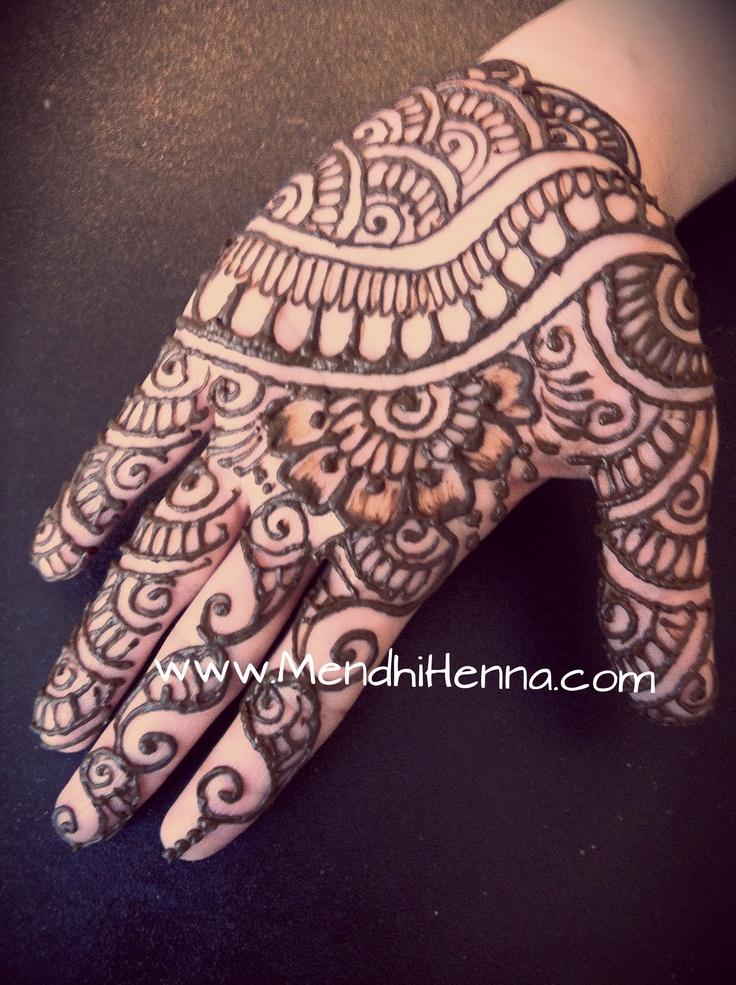 59 besten hindu tattoos bilder auf pinterest henna kunst for Maroon 5 tattoos hindu