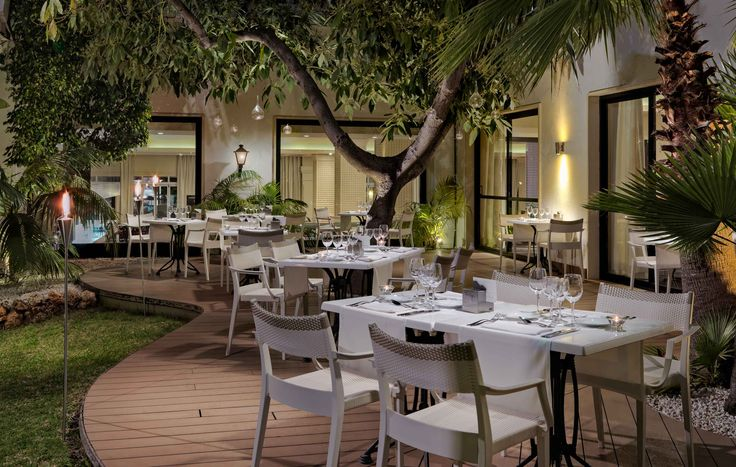 Terraza Privilege Chill Out #h10andaluciaplaza #andaluciaplaza #h10hotels #h10 #hotels #hotel