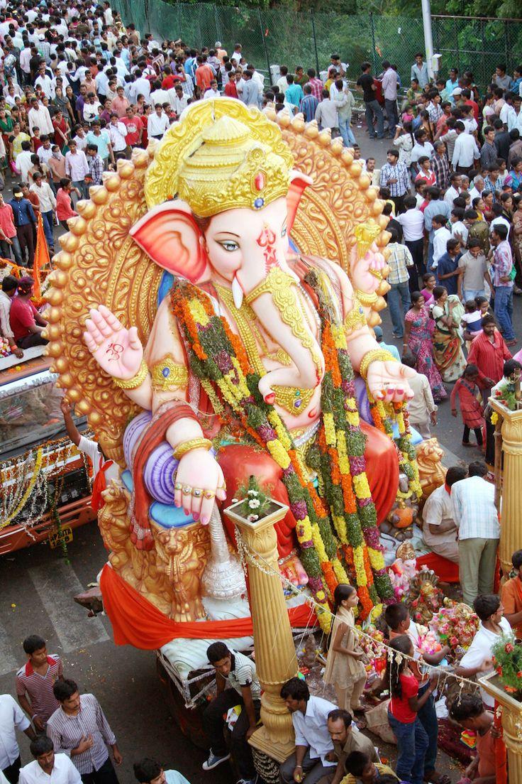 24 Stunning Photos From India's Ganesh Chaturthi Festival
