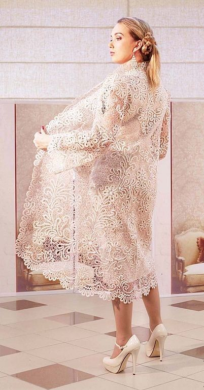 An elegant bobbin lace coat is made in the Russian technique. #Russian #bobbin #lace