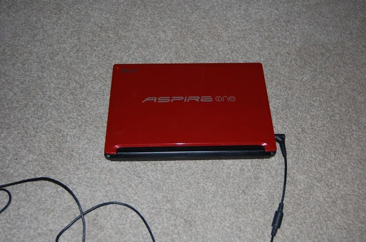 """#10.1""""acer aspire one pav70 #laptop 1.69ghz ,1gb, 250hdd, #wifi, webcam, windows ,  View more on the LINK: http://www.zeppy.io/product/gb/2/182355140162/"""