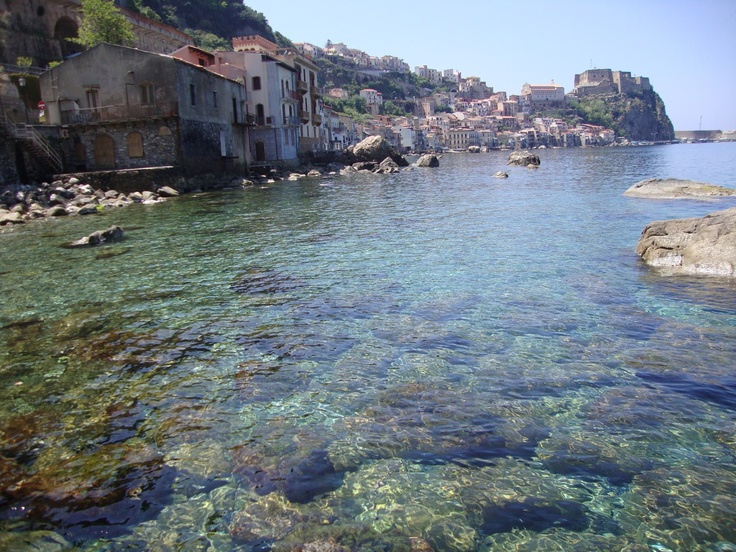 holidays from april 25 to may in Scilla Italy  http://bbscilla.blogspot.it/2013/04/holidays-from-april-25-to-may-1-in.html