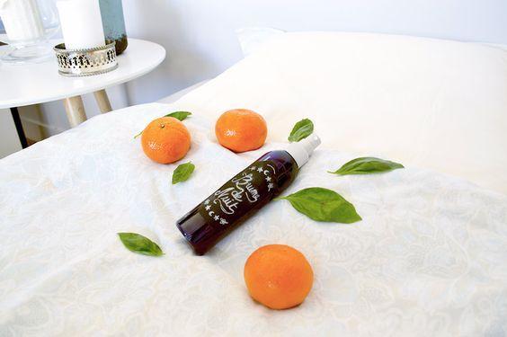DIY : brume d'oreiller relaxante parfum fleur d'oranger, mandarine et basilic | Moukita