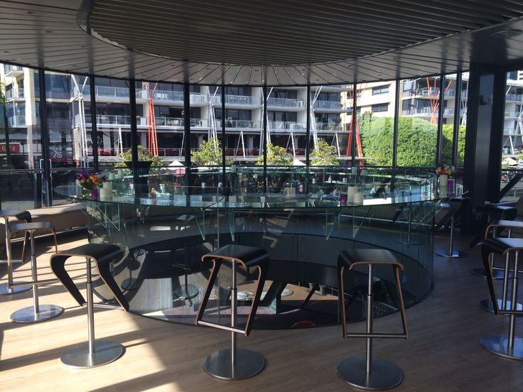 Round Bar on Starship Sydney LED Candle srtyling http://www.bespokesocial.com.au/ http://www.starshipsydney.com.au/