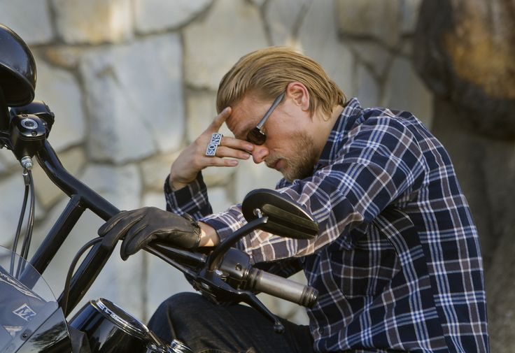 FX's 'Sons of Anarchy' rides into final season with deadly intent ...